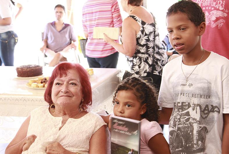 Lancamento do livro Meu nome e Soninha e esta é a minha historia 04